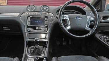 Used Ford Mondeo - dash