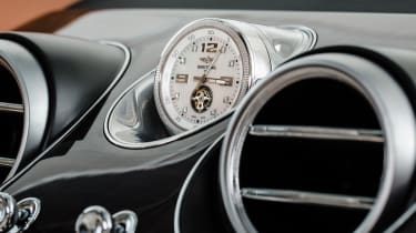Bentley Bentayga SUV clock 2
