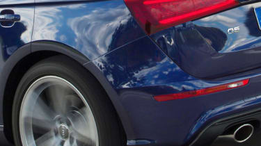 New-Audi-Q5-rear-quarter