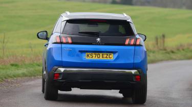 Peugeot 3008 - rear cornering