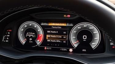 Audi SQ7 - dials