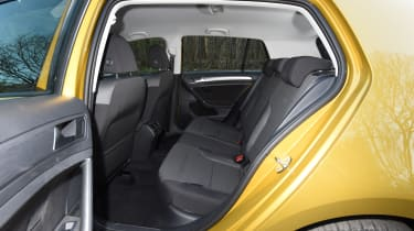 Honda Civic vs Volkswagen Golf vs Renault Megane - golf rear seats