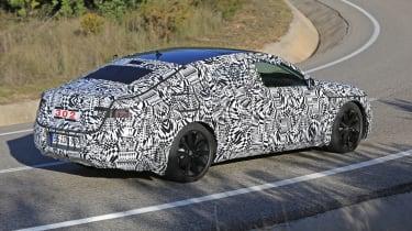 VW Arteon 2017 spy shot 9
