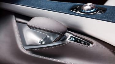 Infiniti QX50 Concept - gearlever