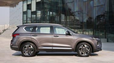 New Hyundai Santa Fe - side static