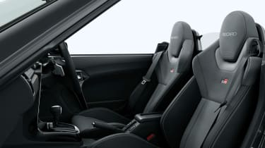 Daihatsu Copen GR Sport - seats