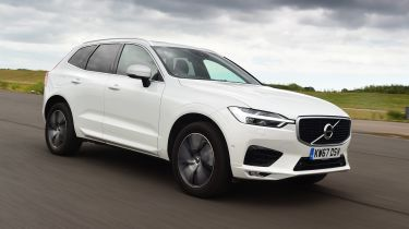 Volvo XC60 T8 - front action