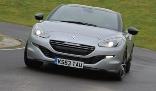 Peugeot RCZ R front action