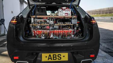 Porsche Macan EV - boot