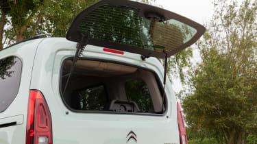 Citroen Berlingo - back window