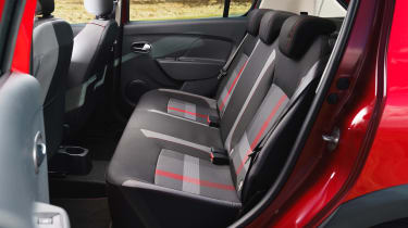 Dacia Sandero Stepway Techroad - rear seats