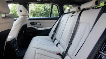 BMW 3 Series Touring - rear seats