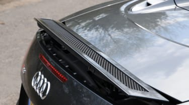 Audi R8 V10 Spyder spoiler
