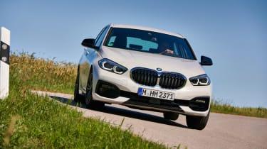 BMW 1 Series 2019 cornering