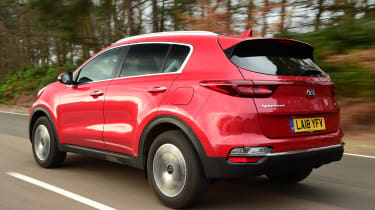 Kia Sportage tracking rear