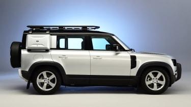 Land Rover Defender - studio side