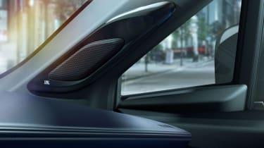 Toyota C-HR Limited Edition - speaker