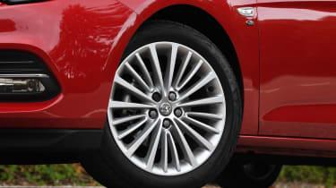 Vauxhall Astra - wheel