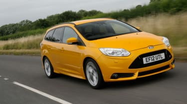 Ford Focus ST Mountune front action