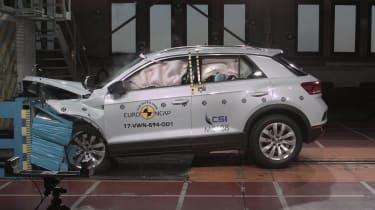 VW T Roc - Frontal Offset Impact test