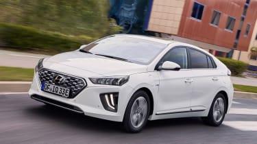 Hyundai Ioniq Plug-in - front
