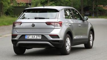 Volkswagen T-Roc - spyshot 2