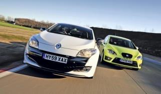 Renault Megane Cup vs SEAT Leon Cupra