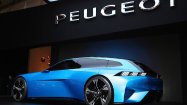 Peugeot Instinct concept Geneva - rear/side