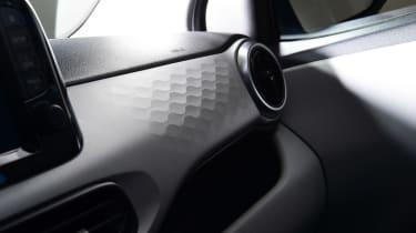 Hyundai i10 - dashboard studio