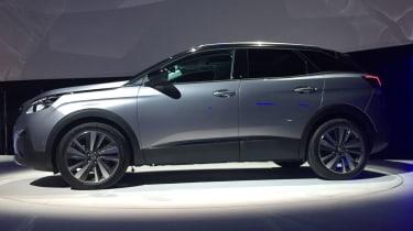 Peugeot 3008 - launch side