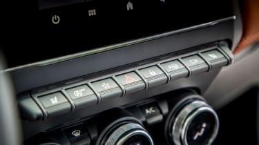 Renault Captur - buttons