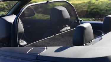 BMW 220d Convertible deflector