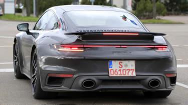 Porsche 911 Turbo S - spyshot 17