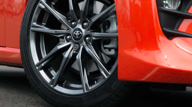 Toyota GT86 Orange Edition - wheel