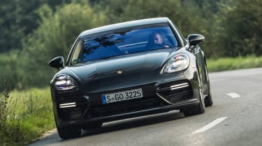 Porsche Panamera Turbo - front action