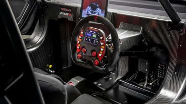 NIssan Leaf NISMO RC - steering wheel