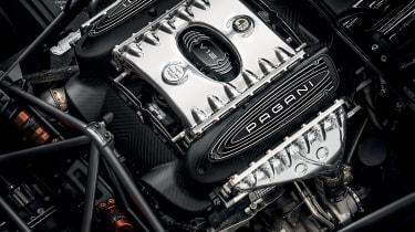 Pagani Huayra BC roadster v12 engine