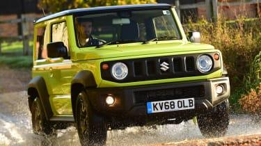 Suzuki Jimny - front tracking through water