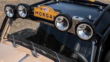 Morgan Plus Four CX-T - lights
