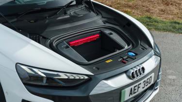 Audi e-tron GT - front boot