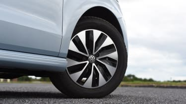 Vauxhall Corsa 2015 wheel