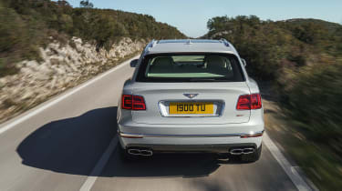 Bentley Bentayga PHEV - full rear action