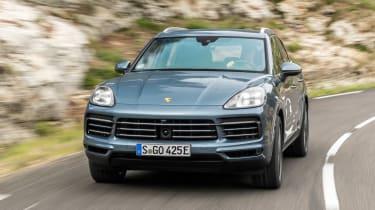 Porsche Cayenne E-Hybrid - front action