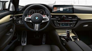 BMW M5 Edition 35 Years - dash