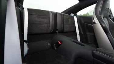 Porsche 911 GTS - rear seats