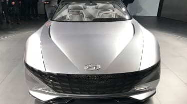 Hyundai Le Fil concept front
