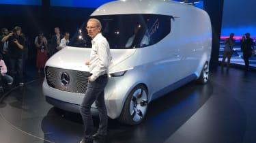 Mercedes Vision Van - reveal front