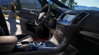 Ford S-Max hybrid - dash