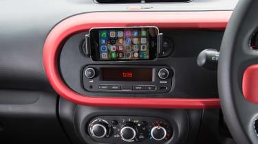 Renault Twingo - centre console