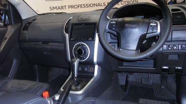 Isuzu D-Max Centurion - show interior